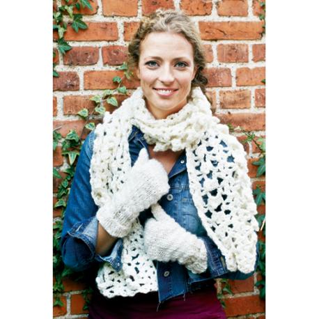 Hue og halstørklæde i Evita